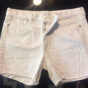 Madewell White Jean Mid shorts, size 27